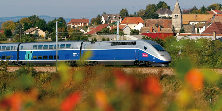 the tgv Discover train offers, promotions and services of tgv lyria for your france- switzerland train journeys x by continuing to browse this site, you agree to the use of cookies so that we may offer you services and offers suited to your interests.