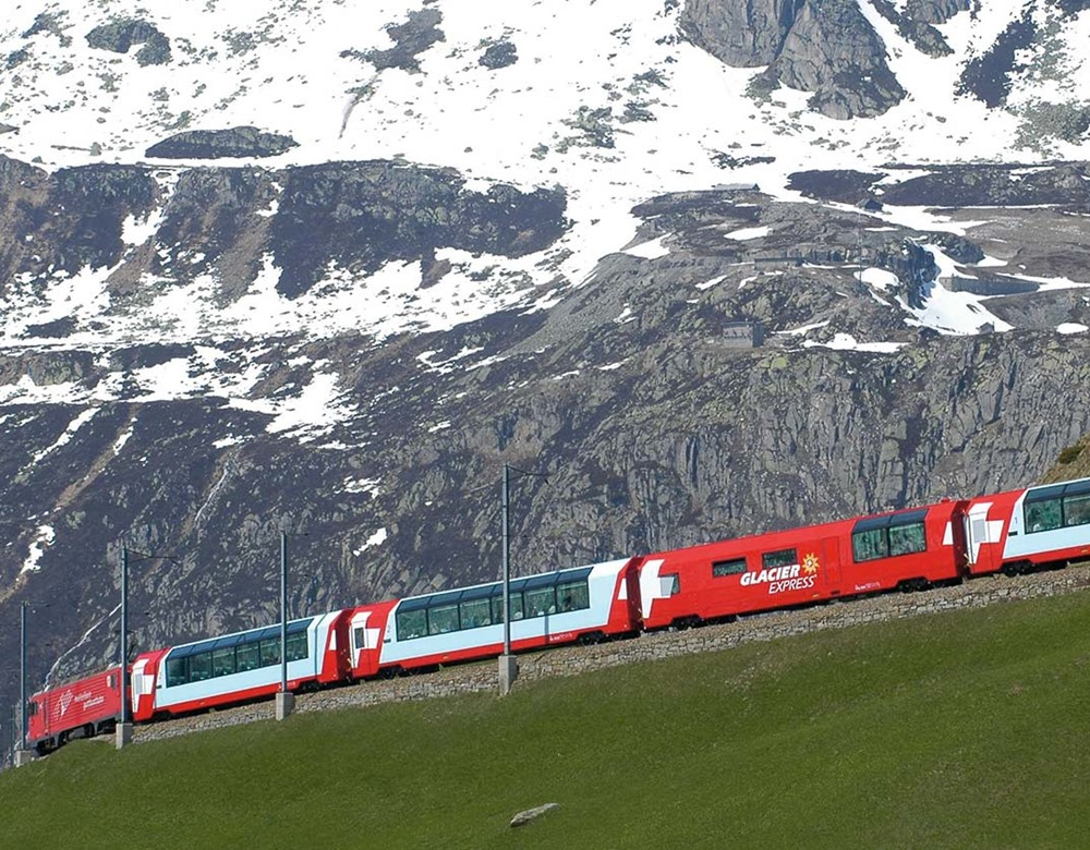 Glacier Express train